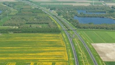 Luchtfoto A6 richting Lelystad