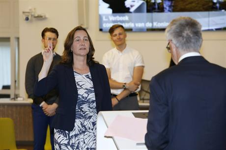 Mieke Baltus wordt geïnstalleerd als burgemeester van Lelystad