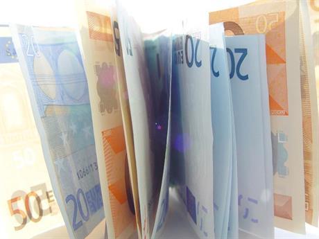 Stapeltje bankbiljetten