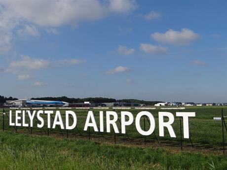 Naambord Lelystad Airport