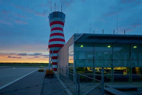 Verkeerstoren op Lelystad Airport
