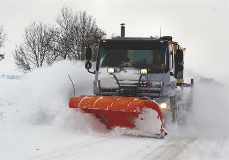 Sneeuwschuiver in actie